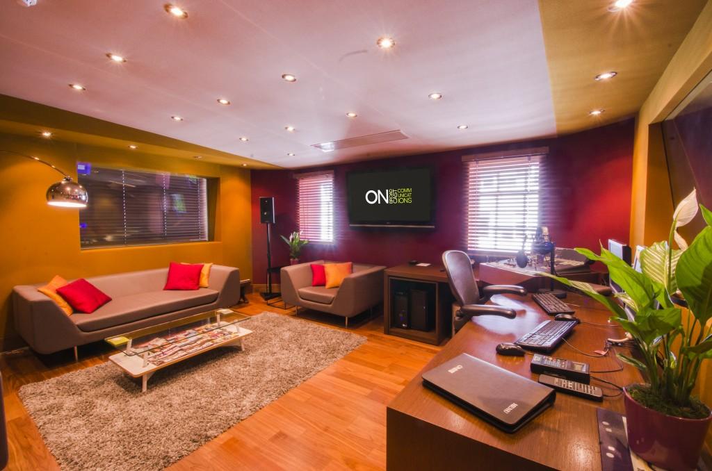 OB - Studio Pics (2 of 8)